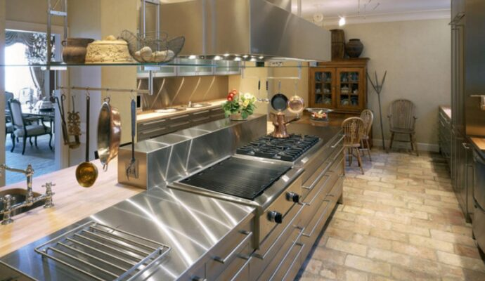 Commercial Kitchen Remodeling-Palm Beach Kitchen & Bath Remodeling-We do kitchen & bath remodeling, home renovations, custom lighting, custom cabinet installation, cabinet refacing and refinishing, outdoor kitchens, commercial kitchen, countertops, and more