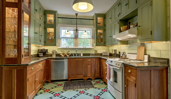 Kitchen Painting-Palm Beach Kitchen & Bath Remodeling-We do kitchen & bath remodeling, home renovations, custom lighting, custom cabinet installation, cabinet refacing and refinishing, outdoor kitchens, commercial kitchen, countertops, and more